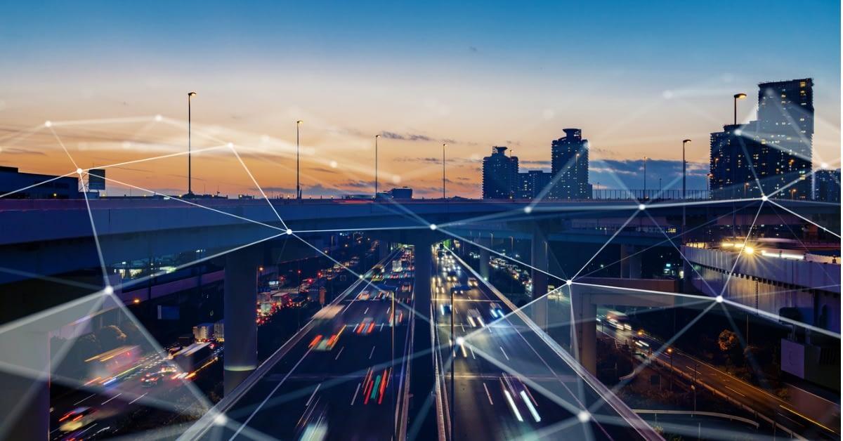2021年のアプリケーションセキュリティの予測: サプライチェーン攻撃は、すべての業界にとって、さらに大きな脅威になる のページ写真 1