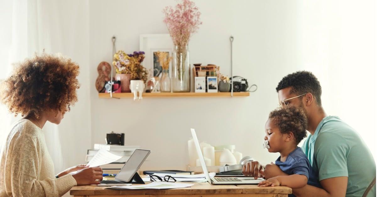 在宅勤務環境の中の World Backup Day(バックアップ) のページ写真 1