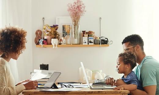 在宅勤務環境の中の World Backup Day(バックアップ) のページ写真 4