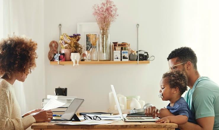 在宅勤務環境の中の World Backup Day(バックアップ) のページ写真 6