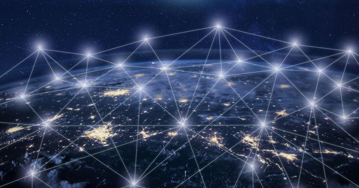 サイバーセキュリティ意識とIoT(モノのインターネット)セキュリティ のページ写真 1
